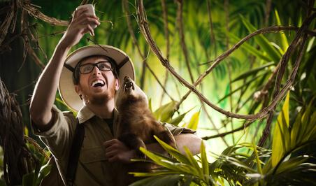aventurier perdu dans la jungle